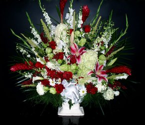 R&W Funeral Basket 10 from Flower Works II, your Medford area florist